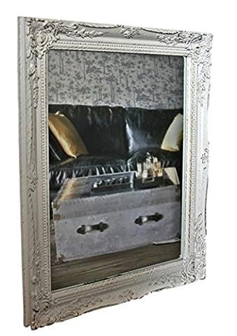 elbmöbel 37x47x3,5cm rechteckiger Wand-Spiegel, handgefertigter Vintage-Antik-Rahmen aus Holz, weiß, inkl. Befestigung
