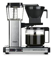 Moccamaster KBG741 AO. Bauform: Freistehend, Produkttyp: Filterkaffeemaschine. Fassungsvermögen Wassertank: 1,25 l, Kapazität (in Tassen): 10 Tassen, Kaffee-Einfüllart: Gemahlener Kaffee. Leistung: 1520 W. Produktfarbe: Silber Gewicht & Abmessung...