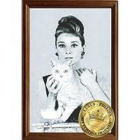 Empire Merchandising 610881Hepburn, Audrey Cat 1col, Specchio con cornice in legno, 22x 32x 1,2cm