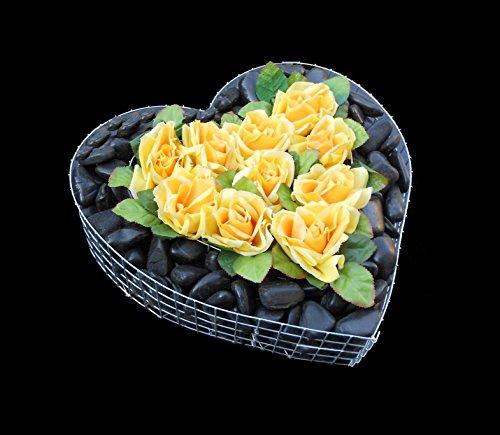 ♥ Grabherz mit schwarz poliertem Kies und gelben Rosen 35,0×35,0x8,0cm Grabschmuck Grabherz Herz Pflanzschale Pflanzherz Herzgitter Blumentopf Marmorkies Zierkies Grabstein