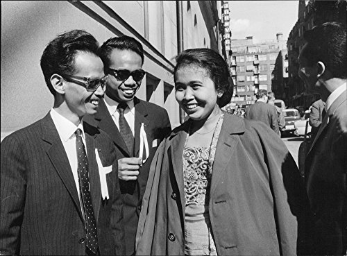 vintage-photo-of-indonesian-participants-met-during-a-conference-in-stockholm-the-conference-was-the