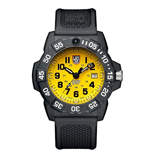 Luminox Mens Quartz Watch, Analogue Classic Display and PU Strap XS.3505.SC.SET