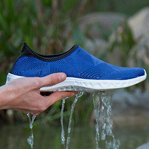 GOMNEAR Hommes et Femmes Chaussures de Natation de LEau Aqua Chaussettes Séchage Rapide Pour Plage Surf Yoga Lac Navigation Bleu