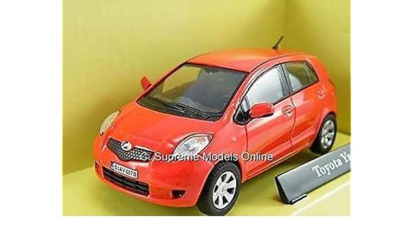 Toyota Yaris Red Model Car Cararama 1