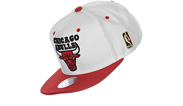 Mitchell   Ness Chicago Bulls Bread and Butter Snapback 6e7a8681fc59