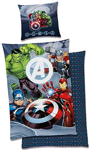 BERONAGE Marvel Kinder-Bettwäsche Avengers Team Glow in The Dark - leuchtet im Dunkeln 135x200 + 80x80 cm Captain America Thor Ironman Hulk 2 Motive deutsche Größe 100{b04c2193e4588b19fb121093ccecde0adae42cf39318ebef21bbb8b2a1c4ec2d} Baumwolle Linon Reißverschluss
