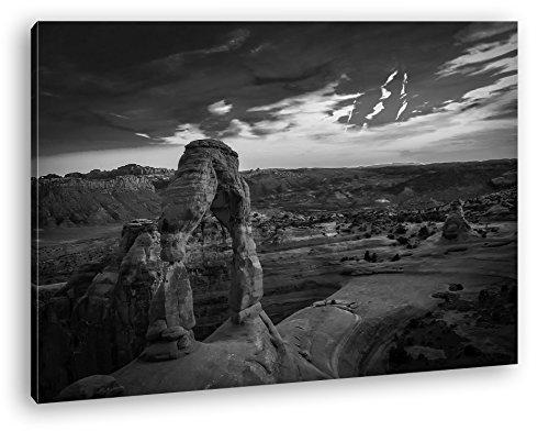 Landschaft im Nationalpark in Utah Format: 80x60 Effekt: Schwarz/Weiß als Leinwand, Motiv fertig gerahmt auf Echtholzrahmen, Hochwertiger Digitaldruck mit Rahmen, Kein Poster oder Plakat (Jersey Felsen New)
