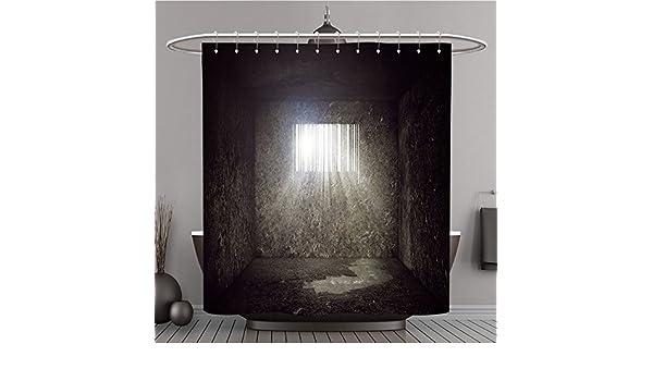 ... Mit Bar Code Geformte Fenster Und Sonnenstrahlen Und Sun Flare Durch  Die Prison Bars Konsum Polyester Concept Bad Vorhang: Amazon.de: Küche U0026  Haushalt
