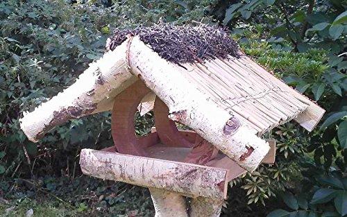 """Vogelfutterhaus mit Reetdach, """"Ferienhaus klein"""" mit Heidefirst incl. Birkenständer leicht - 2"""