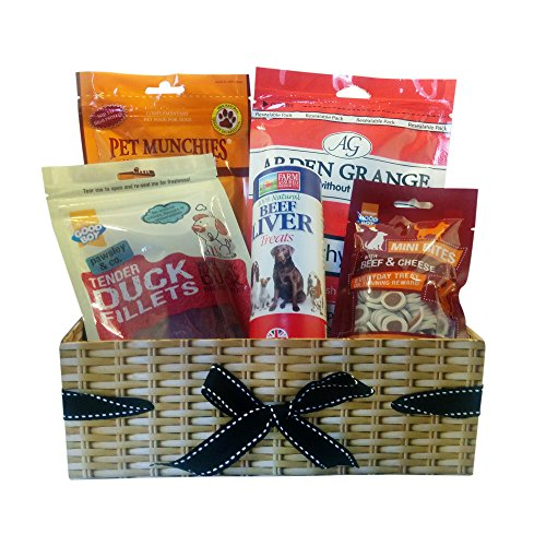 Dog Birthday Gift Basket - A dog gift hamper with meat treats. The hamper contains Arden Grange Chicken Treats, Pet Munchies Chicken and CheeseTreats, Good Boy Tender Duck Fillets, Natural Pet Beef Liver Treats, Good Boy Beef & Cheese Mini Bites