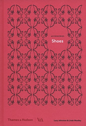 Shoes (Accessories series; Victoria and Albert Museum) por Lucy Johnston