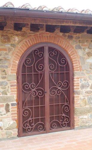 Cancello portone ferro battuto . realizzazioni personalizzate . 550