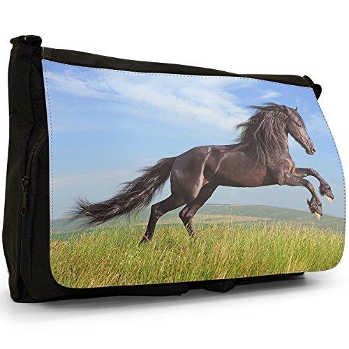 Wildes starkes freies schwarzes Pferd auf Wiese Große Messenger- / Laptop- / Schultasche Schultertasche aus schwarzem Canvas