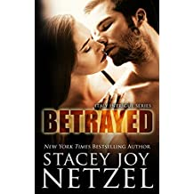 BETRAYED (Italy Intrigue Series Book 2) (English Edition)