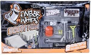 Finger Whips – Scoot Park – 2 Trottinettes à Doigts 7 cm et Modules – Modèle Aléatoire