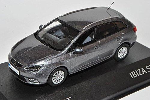 Preisvergleich Produktbild Seat Ibiza ST Pirineos Grau Kombi New Facelift Ab 2012 6J 1/43 Modellcarsonline Sonderangebot Modell Auto mit individiuellem Wunschkennzeichen