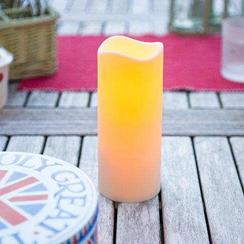 LED Kerze für Außen mit Zeitschaltuhr 18cm Lights4fun