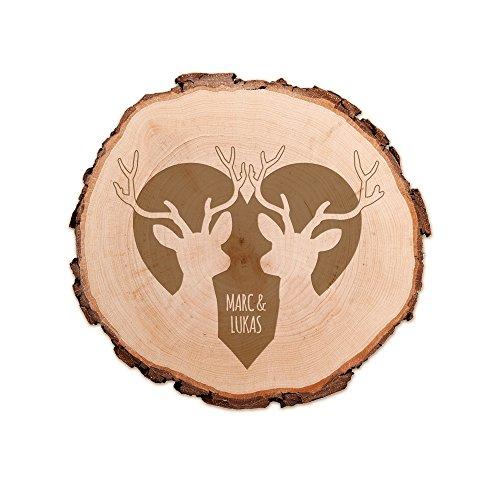 Casa Vivente Baumscheibe mit Gravur - Personalisiert mit Namen - Motiv Hirsche - Türschild und Wand-Dekoration - Geschenkidee für gleichgeschlechtliche Paare - Hochzeitsgeschenk