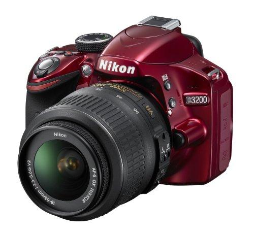 Nikon D3200 SLR-Digitalkamera (24 Megapixel, 7,4 cm (2,9 Zoll) Display, Live View, Full-HD) inkl. AF-S DX 18-55 VR rot