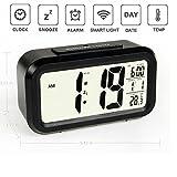 Qsewid 5.3 Simple d'utilisation Silencieux avec LED Alarme Horloge avec affichage de la Date-Fonction Snooze Capteur Lumière + Lampe torche (Noir,éclairage de nuit)