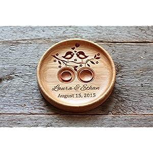 Ringkissen aus Eiche mit gravierten Namen und Datum, Ringschale ür die Hochzeit, Ringträger für die Hochzeit