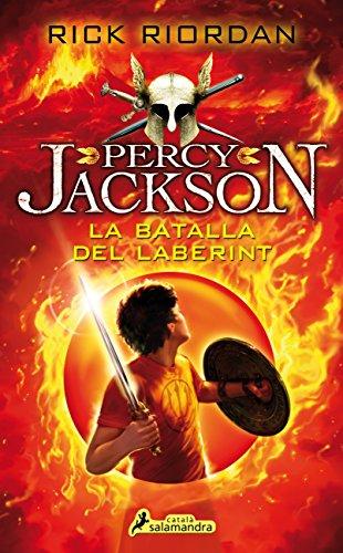 A punt de començar primer de Secundària, en Percy Jackson no espera emocions fortes, sinó més aviat un avorriment soporífer. Però quan a la nova escola es presenta una vella amiga, a més d?un parell d?animadores diabòliques, els esdeveniments es prec...