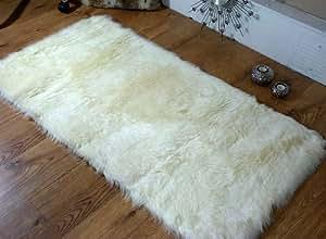 Schaffell teppich kunstfell waschbar 70 x 140 cm for Teppich cremefarben