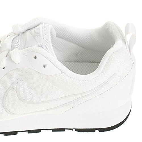 Nike Schuhe MD Runner 2 Eng Mesh Herren white-white (902815-100)
