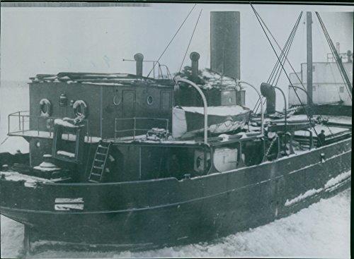 vintage-photo-of-it-minsprangda-vessel-alvi
