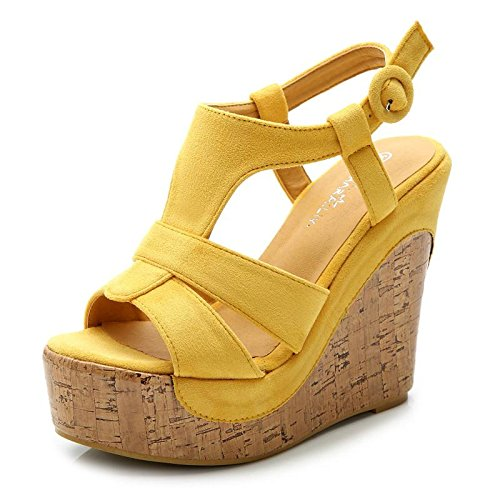 LvYuan Frauen-Sommer-Sandalen / Büro & Karriere / Sexy Ultra High Heel / Wasserdichte Plattform / Wedge Heel / Gürtelschnalle / böhmische nationale Art Yellow