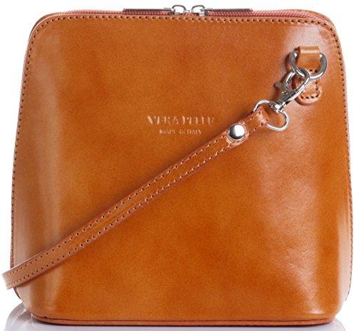 In pelle italiana, Small/Micro croce corpo borsa o borsetta borsa a tracolla.Include una custodia protettiva di marca. Tan