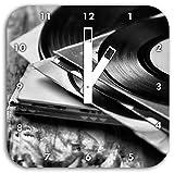 Monocrome, Mixtape, Schallplatte, DJ, Wanduhr Durchmesser 28cm mit weißen eckigen Zeigern und Ziffernblatt, Dekoartikel, Designuhr, Aluverbund sehr schön für Wohnzimmer, Kinderzimmer, Arbeitszimmer