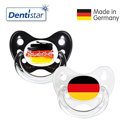 Preisvergleich Produktbild Dentistar® Silikon Schnuller 2er Set inkl. 2 Schutzkappen - Nuckel Größe 2, 6-14 Monate - Fussball Fan Kollektion – Abwehrchef & Fahne, weiß