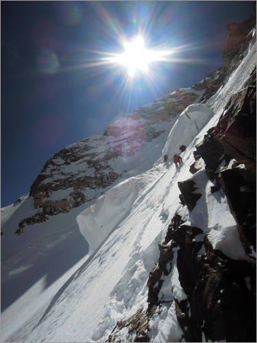 Stampa su tela 100 x 130 cm: Expedition climb a mountain wall di Dariusz Zaluski / National Geographic - poster pronti, foto su telaio, foto su vera tela, stampa su tela