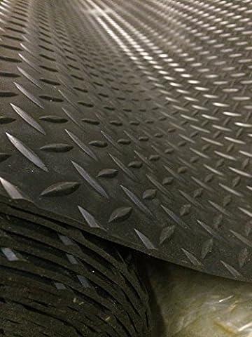 Checker Plate Rubber Garage Flooring Matting  4ft 9