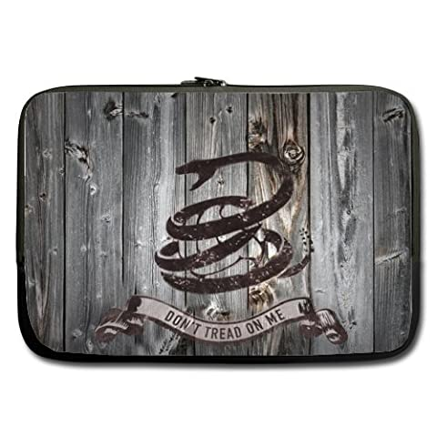 Don't tread on me Neoprene Notebook Computer/Laptop Sleeve - Fits most laptops with 13 inch (One