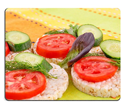 Liili Mauspad Naturkautschuk Mousepad Puffreis Cracker Sandwiches mit Gemüse auf Tischdecke Bild-ID 23370797