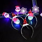 Uchic 4pcs Serre-tête lumineux LED lumineuse Bandeau brillant Flocon de neige Bonnet de Noël Père Noël clignotant Coiffe de Noël de fête d'anniversaire d'accessoires Style aléatoire