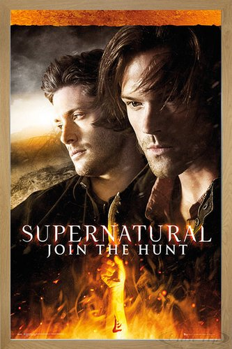 Close Up Supernatural Poster Fire (66x96,5 cm) gerahmt in: Rahmen Eiche