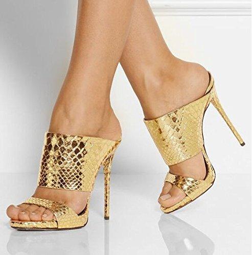 Art und Weise hohe verfolgte Sandelholze reine Farbe Rom-moderne high-heeled Sandelholze kühlen Mop Golden