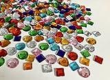 Rhinestone Paradise 400 Schmucksteine selbstklebend 20mm bis 15mm groß Herzen Mosaik Runde Acryl-Steine Glitzer-Steine Glitzer-Sticker Brillanten Strass-Steine bunt Bastelset