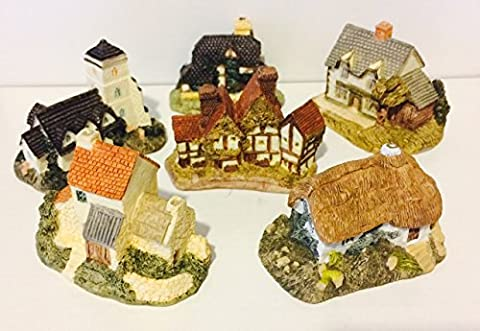 Set of Six Olde English Country House Collection Very Detailed