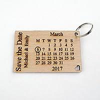 Personalizable de madera ahorrar la fecha Llaveros. Pequeñas invitaciones de boda, calendario