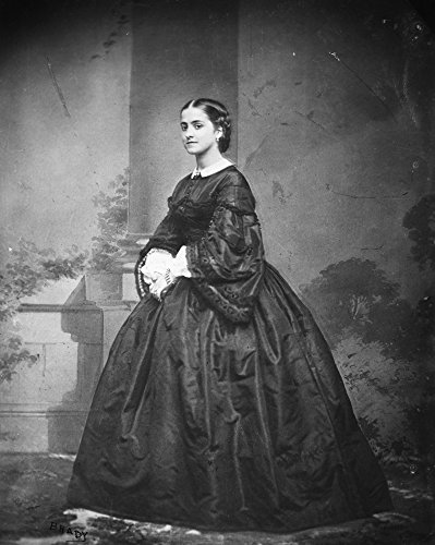 The Poster Corp Adelina Patti (1843-1919). /Namerican Coloratura Soprano. Photographed by Mathew Brady. Kunstdruck (45,72 x 60,96 cm) Adelina Home Collection