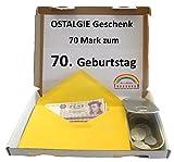 WallaBundu OSTALGIE Geschenkidee - 70 Mark zum 70. Geburtstag – EIN symbolisch wertvolles Geschenk mit ca. 11 verschieden Umlaufmünzen aus der DDR Zeit und Taschenkalender 1949. Nostalgie…