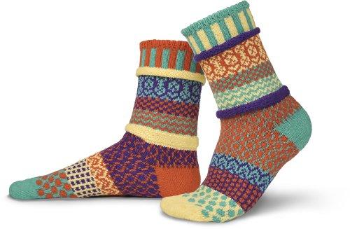Solmate calzini-Odd o Mismatched calzini per donna o da uomo, in cotone riciclato realizzato con fili in USA Dawn Small