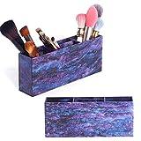 Essendo un make-up artist professionale, so quanto sia importante essere organizzato e avere tutto ciò che mi serve. Questo contenitore per trucchi dal design personale è adatto per i truccatori che non vogliono solo essere organizzati, ma ha...