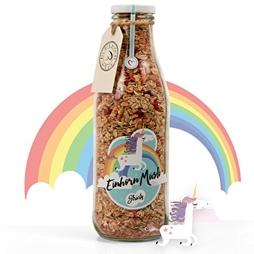 Stricly Einhorn Müsli in der Flasche (400 g) - Ein Muss für jeden Einhornfan, zuckerfrei, vegetarisch, mit leckeren Erdbeerstücken, zuckerfreien Schokodrops (Xylit), 4Kornflocken, Weizenpuffies mit Honig und Erdbeerpulver. Tolle Geschenkidee!