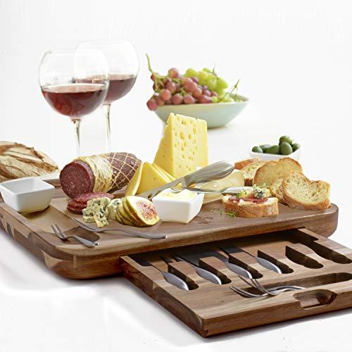 Premium Käsebrett & Utensilien Geschenkset - umfangreiches Servierset - XL Bambusbrett & 6 Käsemesser aus Edelstahl & 6 Vorspeisengabeln & 3 Keramik with ceramic dishes Acacia -