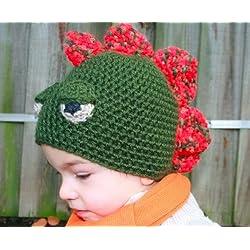 Crochet Pattern Crochet boys dinosaur hat includes 4 sizes from newborn to adult (Crochet Animal hats Book 1) (English Edition)